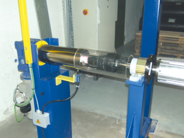 Winder for extruders